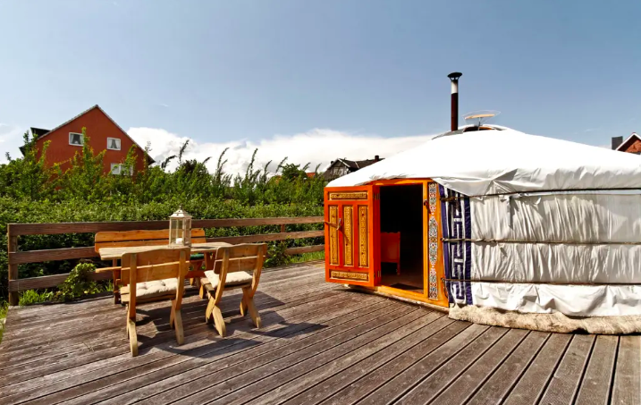 11 Yurts that will have you Glamping in no time 15