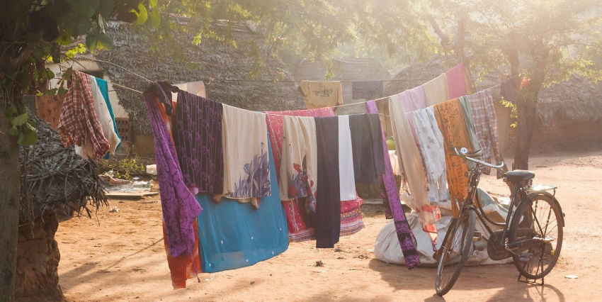 Clothes drying outside for RV washer dryer combo article